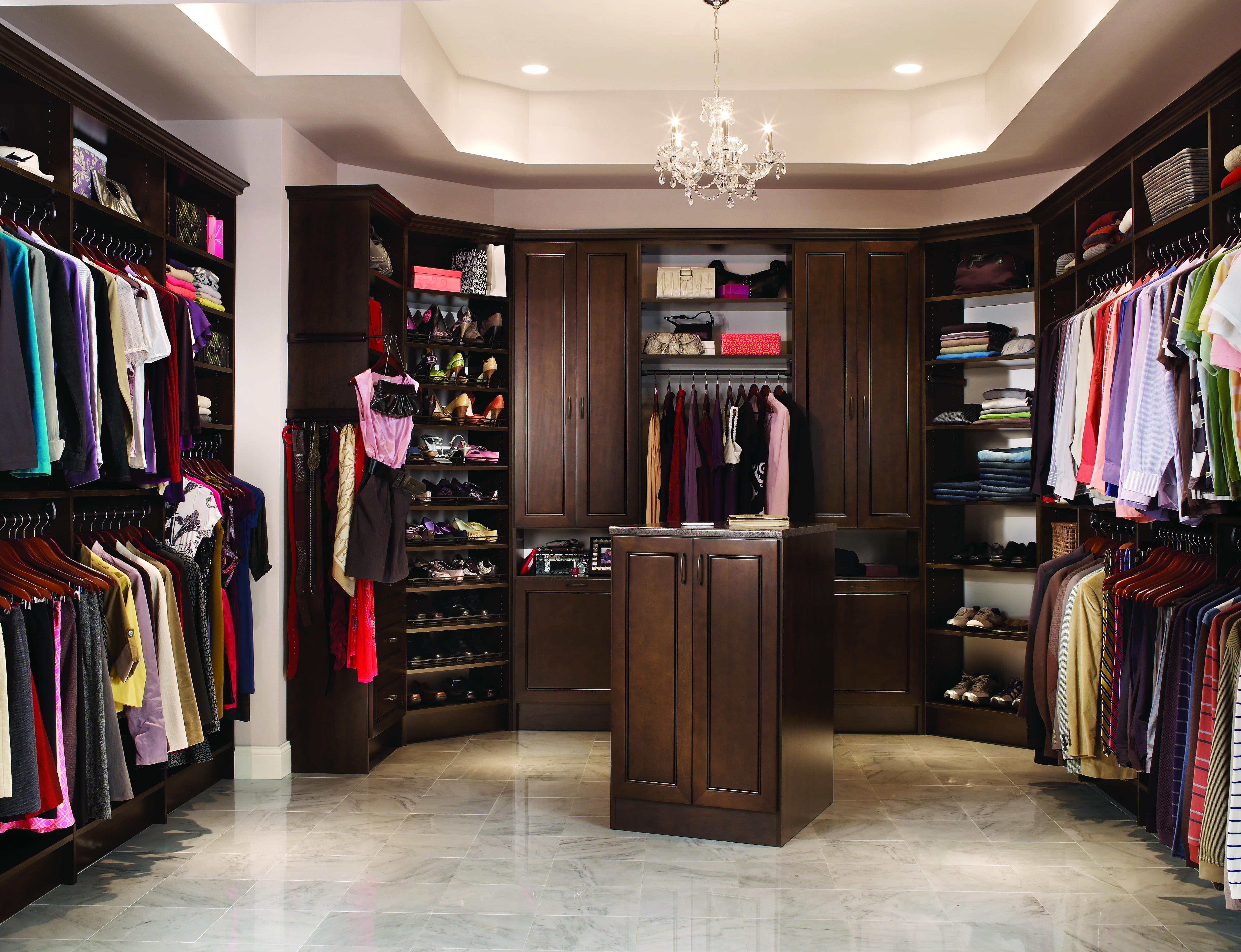 ClosetMaid® MasterSuite®